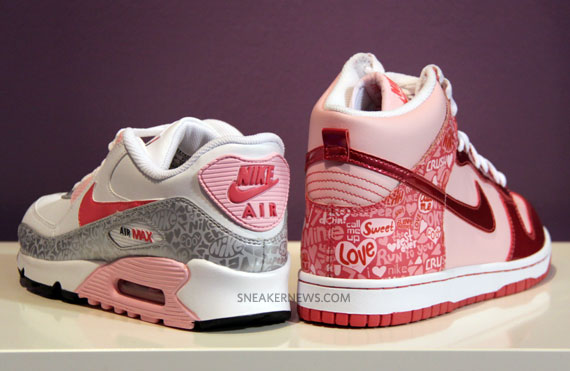 Nike Valentine S Day 2010 Gs Sneakersbr