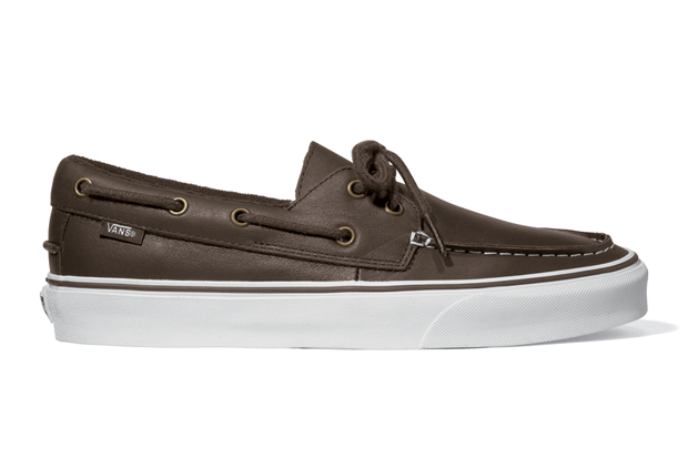 901073b510 Vans Classic Zapato Del Barco  Leather Pack  – Holiday 2011