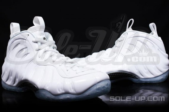 nike-air-foamposite-one-whiteout-2