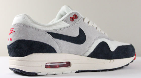 nike air max 1 navy red white