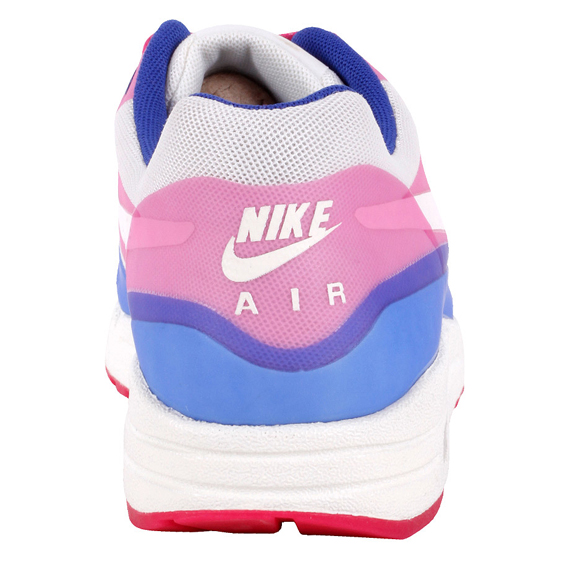 nike-am1hfppinkforcehyperblue-5
