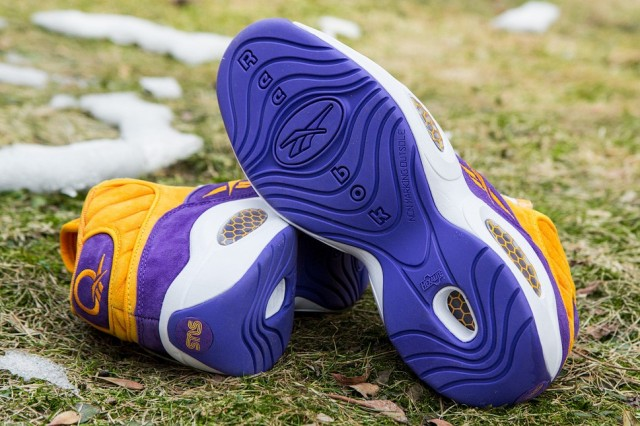 reebok-sneakersnstuff-question-crocus-4