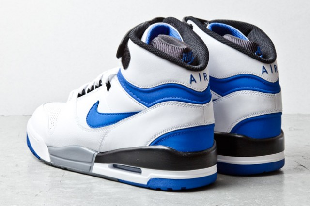 nike-air-revolution-wht-blue-3-1