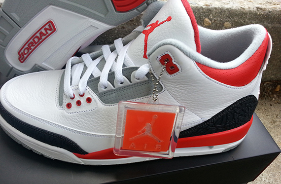 fire-red-air-jordan-iii-retro-2