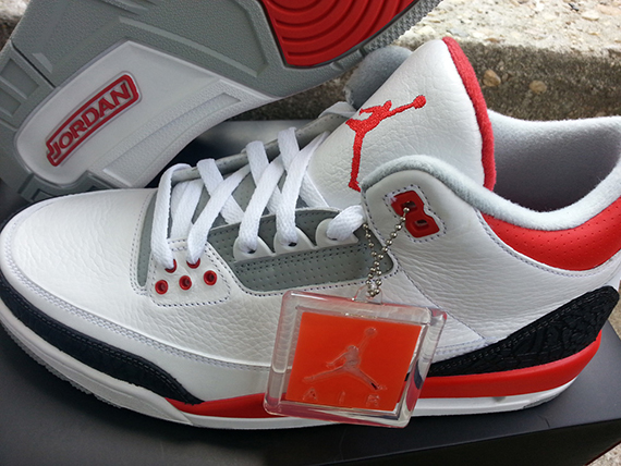 fire-red-air-jordan-iii-retro-3