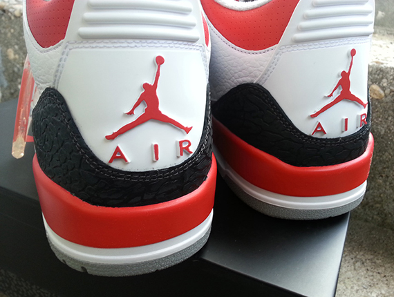 fire-red-air-jordan-iii-retro-4