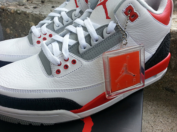fire-red-air-jordan-iii-retro-7
