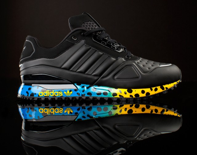 adidas-amr-throwback-pack-2