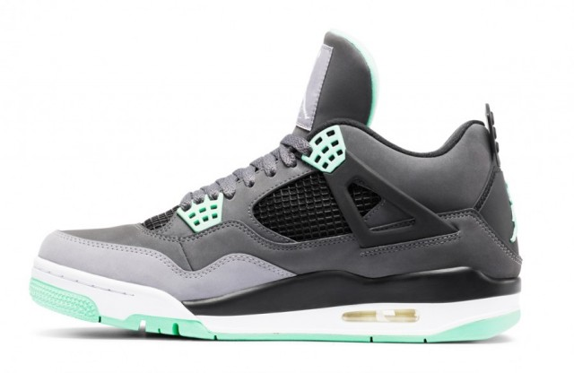 air-jordan-iv-green-glow-3