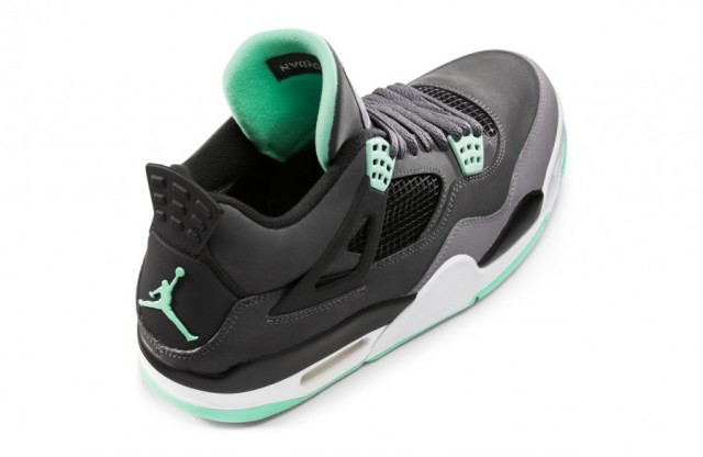 air-jordan-iv-green-glow-4
