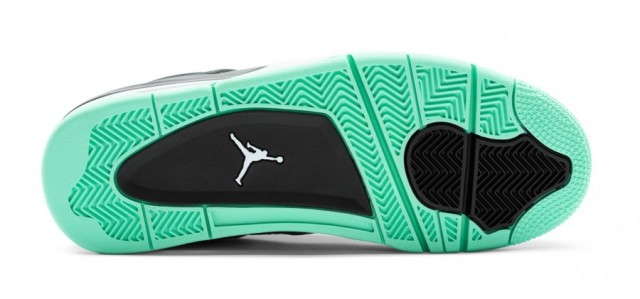 air-jordan-iv-green-glow-6]