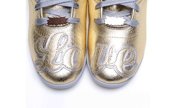 melody-ehsani-gold-love-reebok-1
