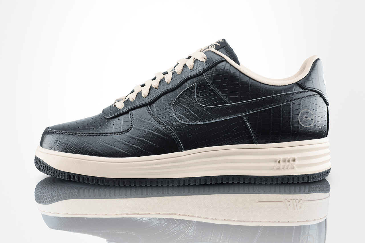 Nike Air Force 1 e Lunar Force 1 Fragment Pack SneakersBR