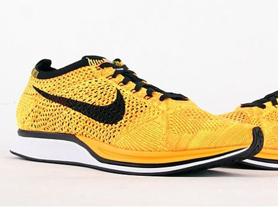 nike-flyknit-racer-yellow-black-1