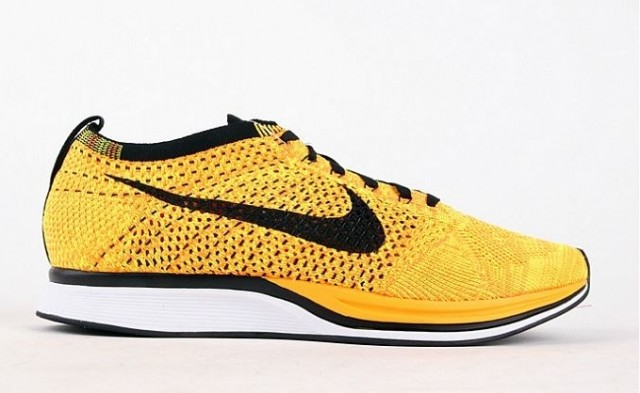 nike-flyknit-racer-yellow-black-2