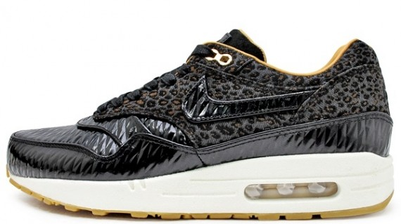 nike-air-max-1-fb-quilted-leopard-01