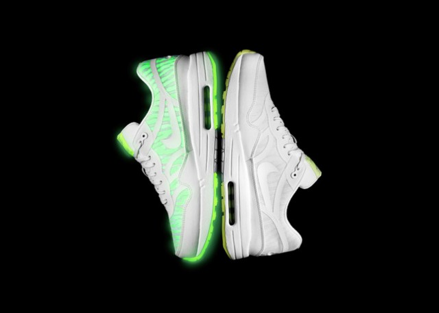 nike-air-max-glow-in-the-dark-collection-7