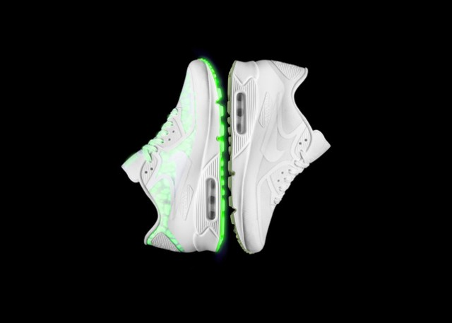 nike-air-max-glow-in-the-dark-collection-9