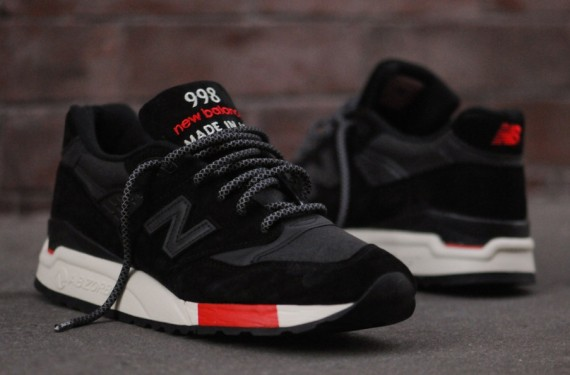 new-balance-998-black-red-08-570x375