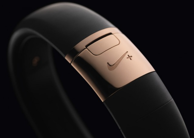 nike-fuelband-rose-gold-04