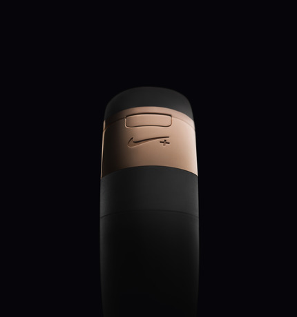 nike-fuelband-rose-gold-05
