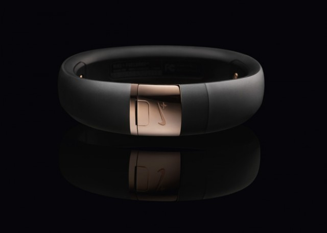 nike-fuelband-rose-gold-06