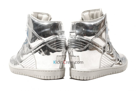 nike-wmns-dunk-sky-high-liquid-metal-pack-03
