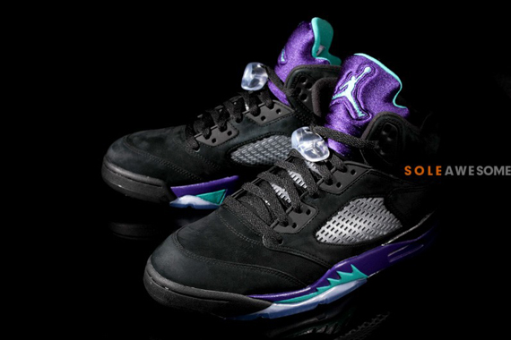 nike-air-jordan-5-black-grape-01