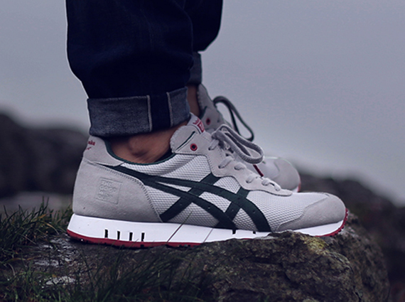 Onitsuka Tiger X-Caliber X The Good Will Out –  Silver Knight  4f88ed9139