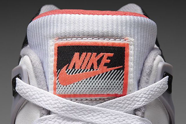 nike-air-tech-challenge-hot-lava-qs-2