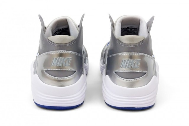 nike-lunar-trainer-sc-180-superbowl-4-900x601