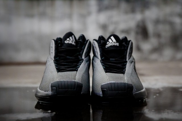 adidas-crazy-1-playoffs-3