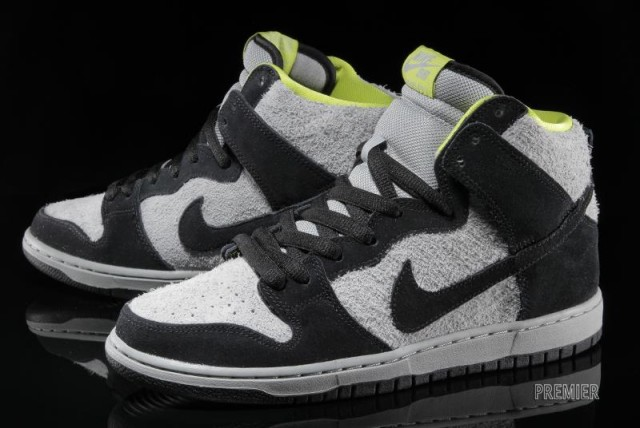 nike-sb-dunk-high-pro-black-base-grey-venom-green-02