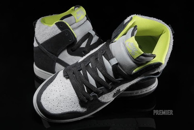 nike-sb-dunk-high-pro-black-base-grey-venom-green-06