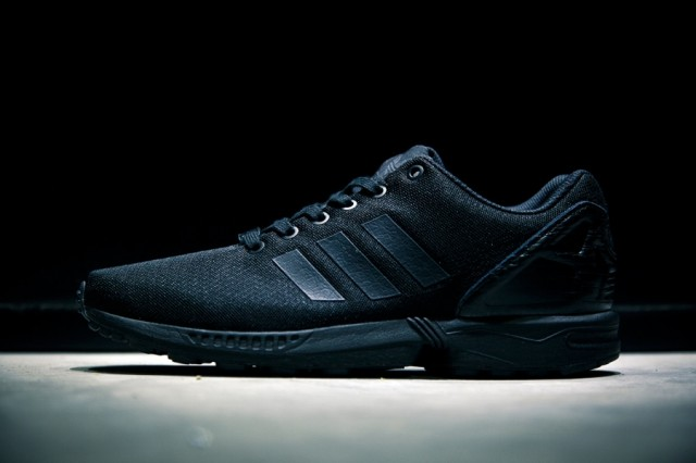 adidas-originals-zxflux-lab-pop-up-store-3