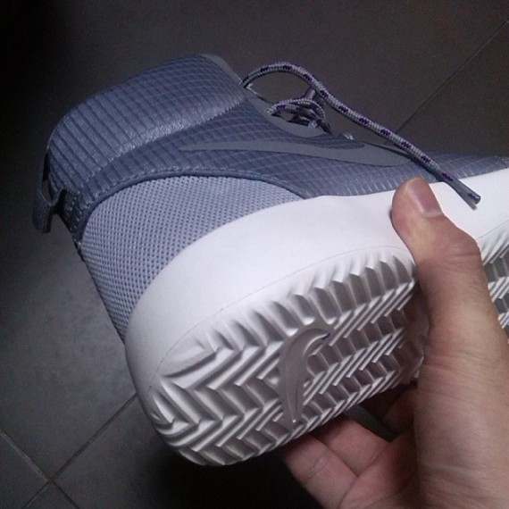 nike-roshe-court-upcoming-2014-samples-03-570x570