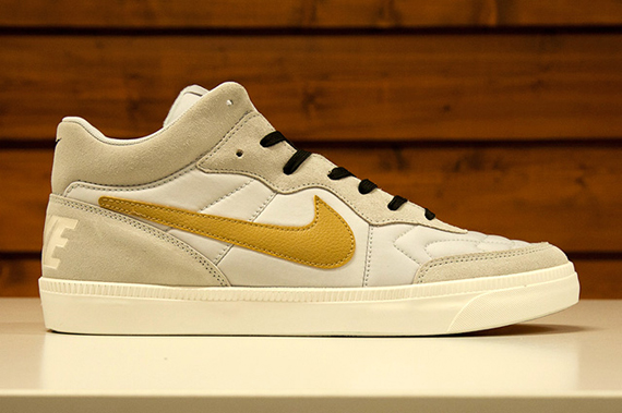 nike-sportswear-world-cup-gold-trophy-collection-7