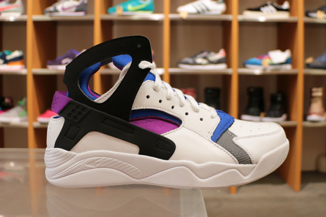 nike-air-huarache-flight-og-1