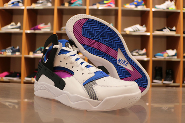 nike-air-huarache-flight-og-2
