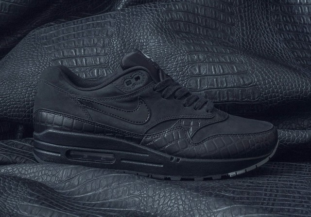 nike-air-max-antivenom-pack-1