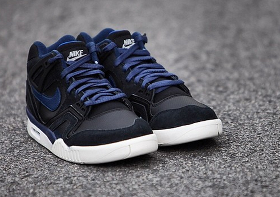 nike-air-tech-challenge-ii-obsidian-3