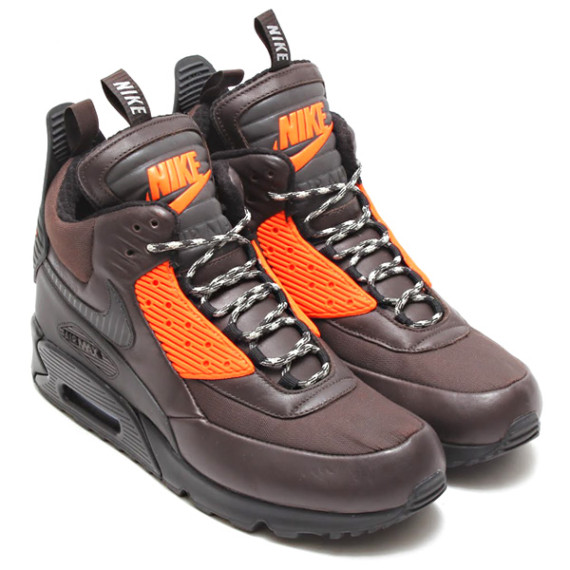 nike-air-max-90-sneakerboot-holiday-2014-preview-2