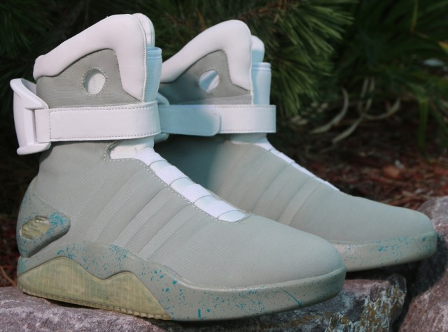 nike-mag-back-to-the-future-costume-1