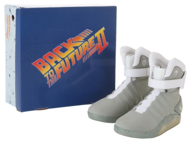 nike-mag-back-to-the-future-costume-2