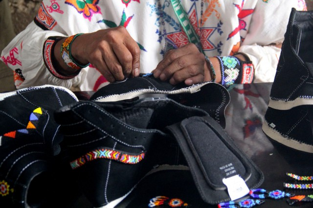 vans-vault-mexicos-huichol-tribe-capsule-hand-crafted-sneakers-4