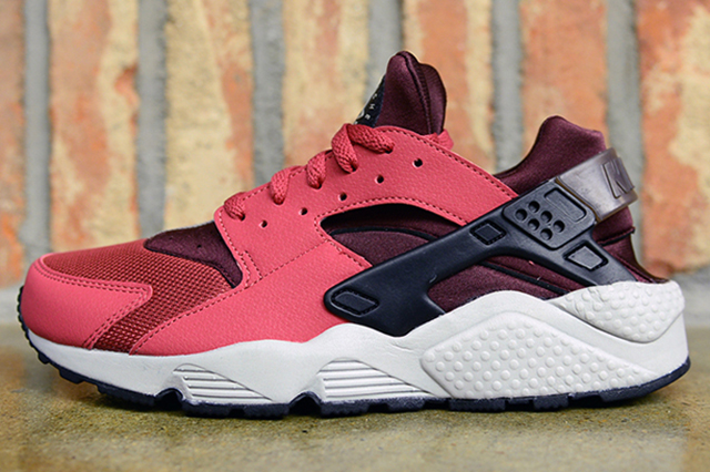 nike-air-huarache-holiday-2014-01