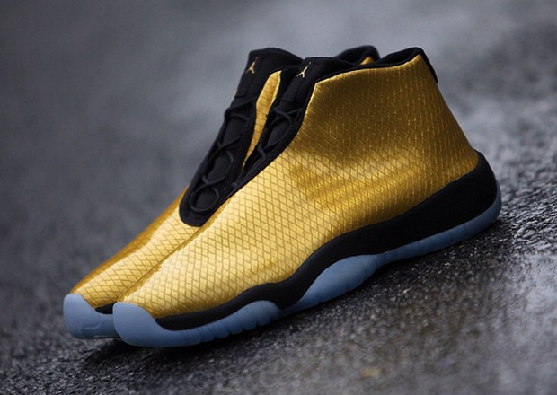 nike-air-jordan-future-patent-yellow-1