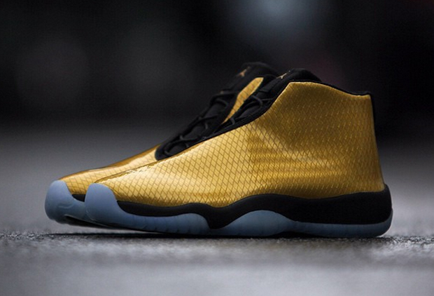 nike-air-jordan-future-patent-yellow-2