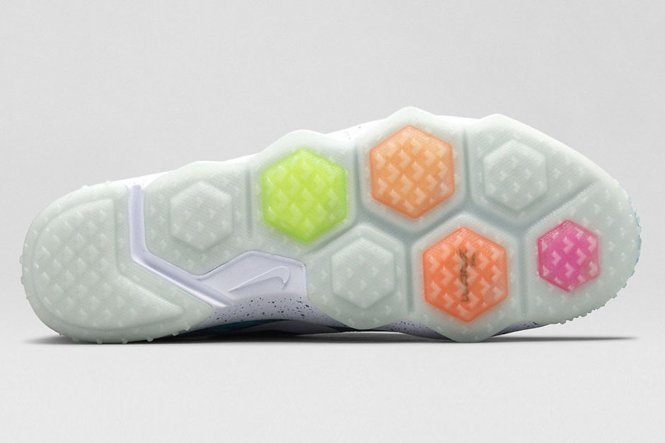 nike-zoom-hypercross-trainer-galaxy-05