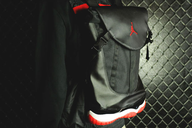 nike-air-jordan-11-bred-returns-backpack-form-1